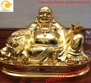 Ý nghĩa của tượng Phật di lặc mạ vàng trong phong thủy